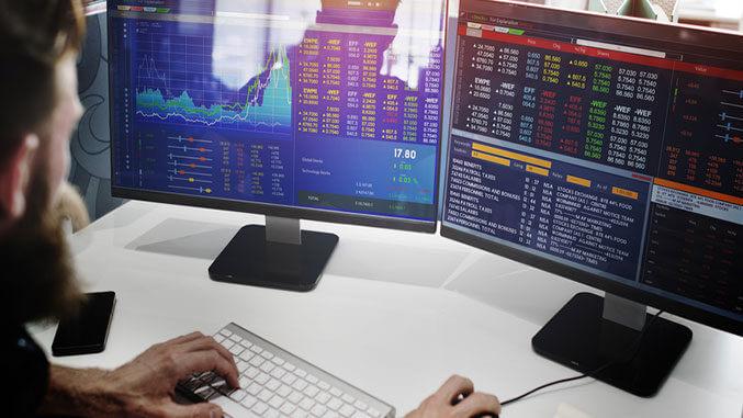Сезонни тенденции: 5 сделки, които да следим през април